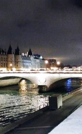 Paris en hiver - La Seine.jpg
